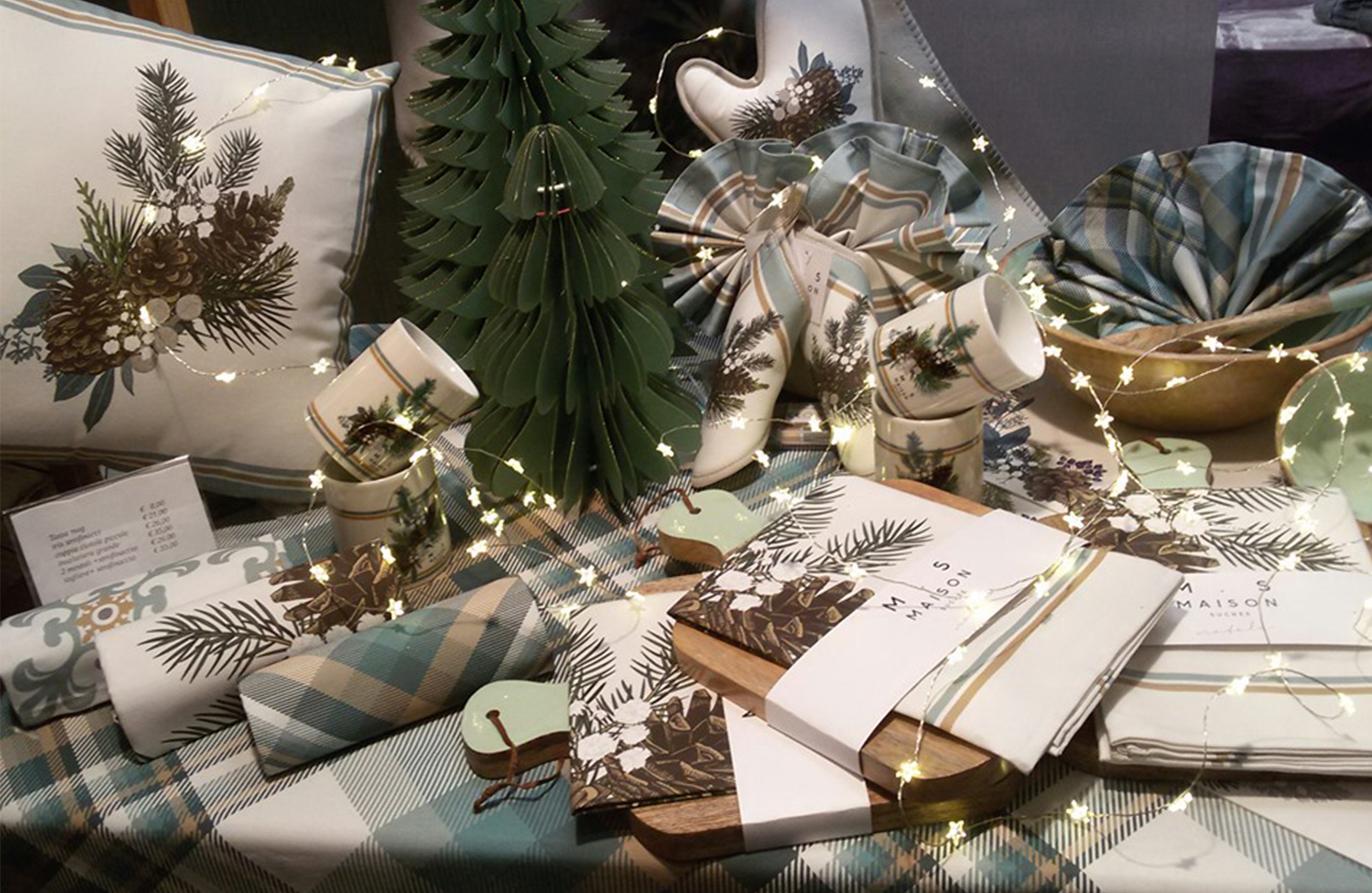 """7. """"Vetrine creative"""" di Natale, la rubrica di Maison Sucrèe"""